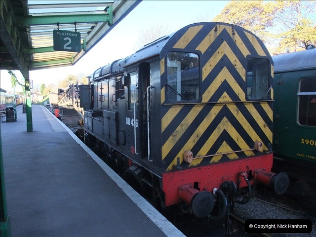2010-11-10 Herston New Carriage Sidings on 08 (6)662