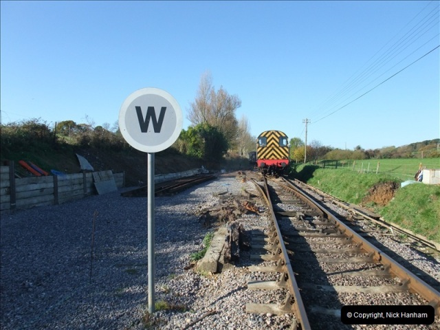 2010-11-10 Herston New Carriage Sidings on 08 (52)708