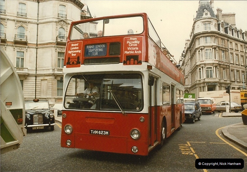 London Buses 1963 to 2007.  (29) 029