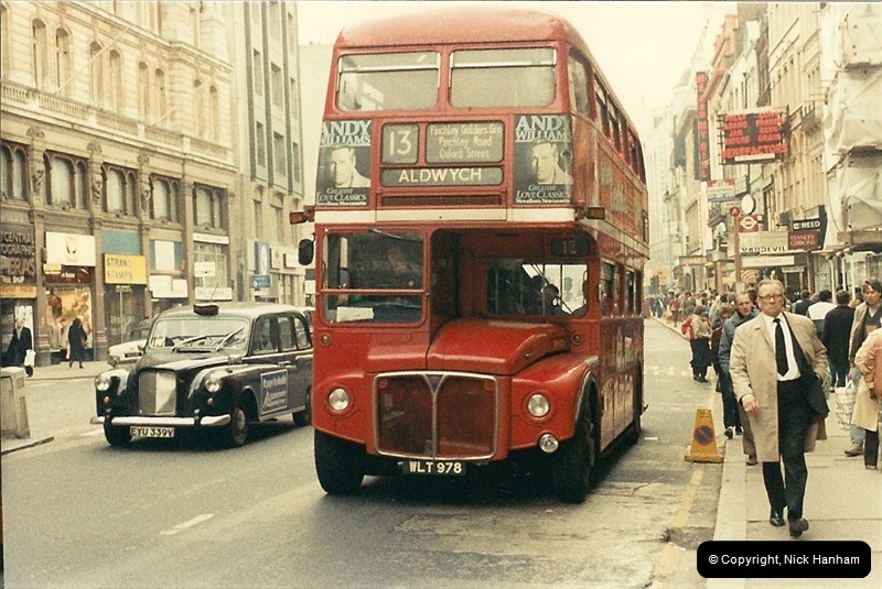 London Buses 1963 to 2007.  (43) 043