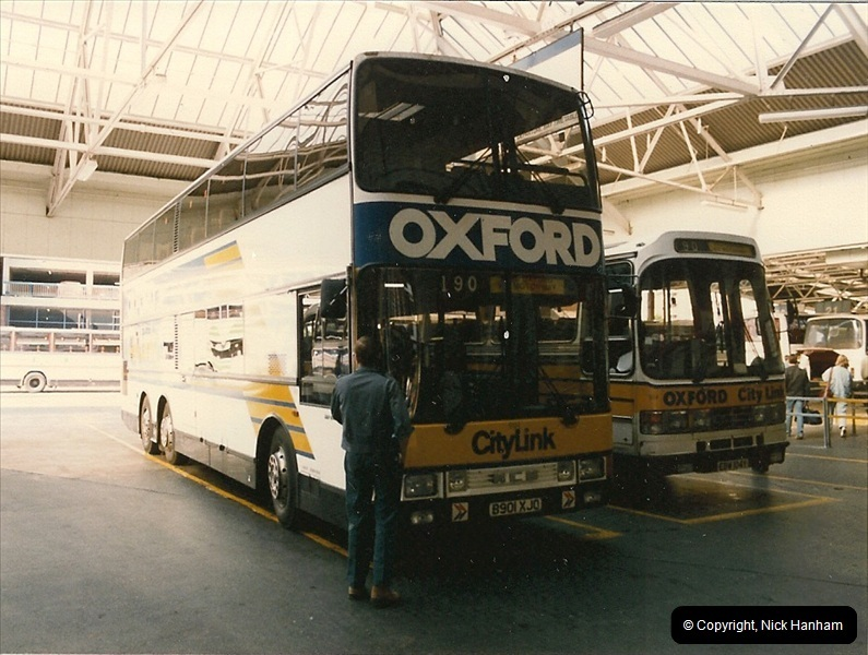 London Buses 1963 to 2007.  (54) 054