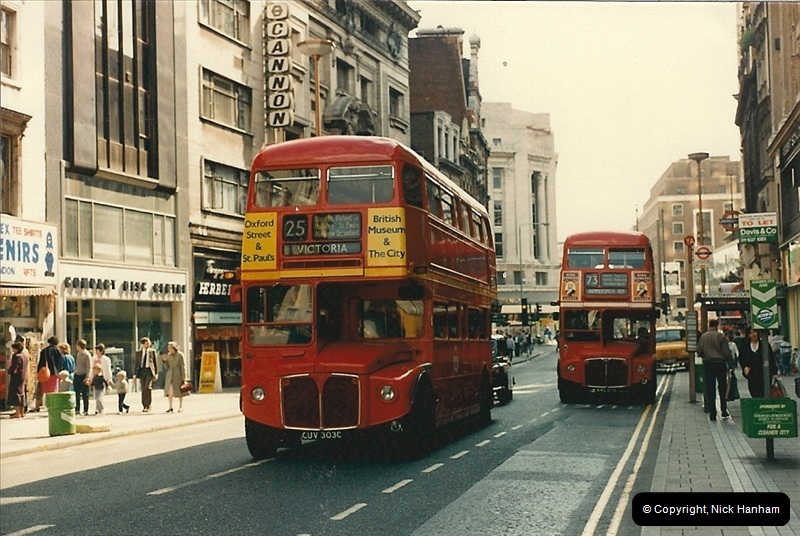 London Buses 1963 to 2007.  (60) 060
