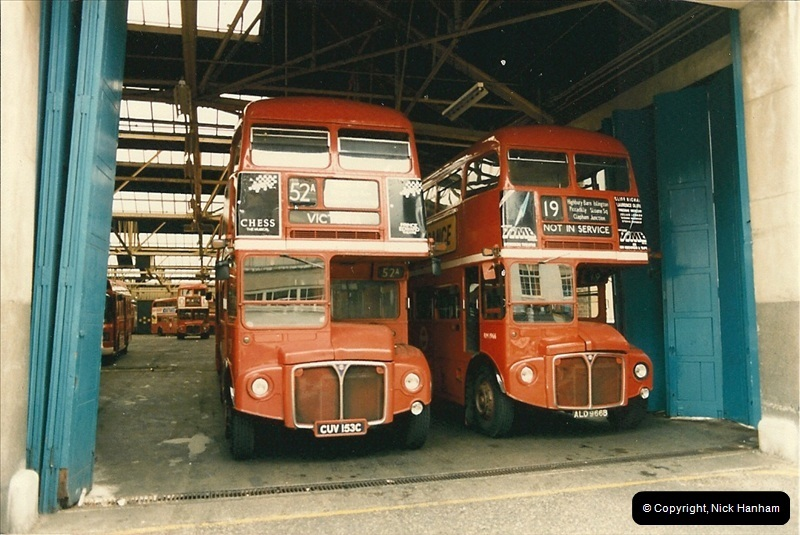 London Buses 1963 to 2007.  (74) 074