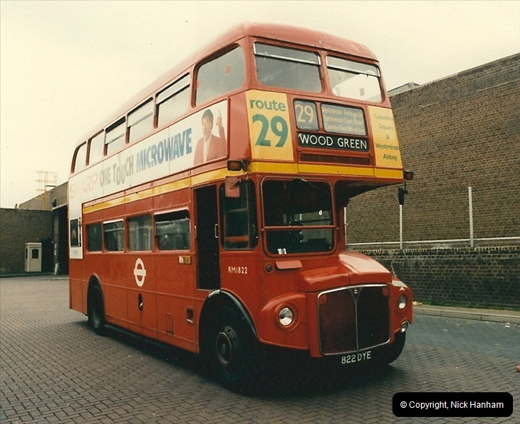 London Buses 1963 to 2007.  (76) 076