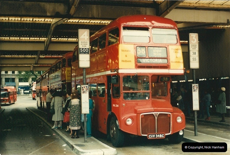 London Buses 1963 to 2007.  (81) 081