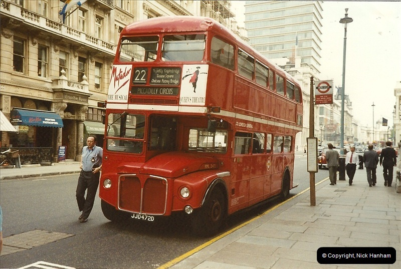 London Buses 1963 to 2007.  (105) 105