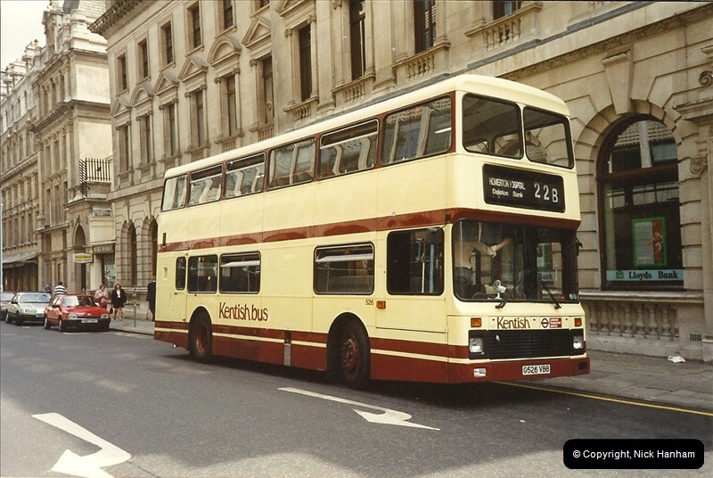 London Buses 1963 to 2007.  (109) 109