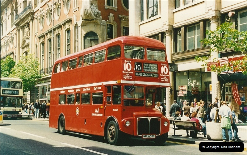 London Buses 1963 to 2007.  (122) 122