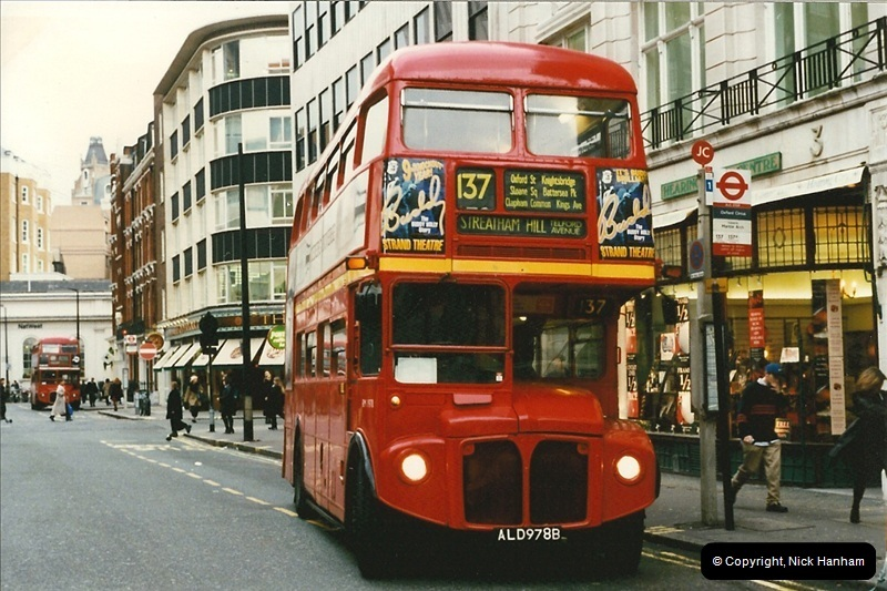 London Buses 1963 to 2007.  (146) 146