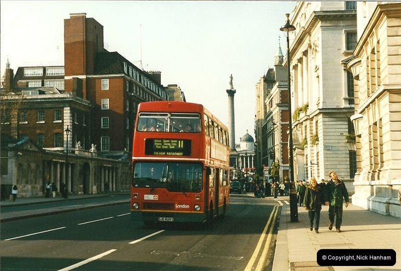 London Buses 1963 to 2007.  (157) 157