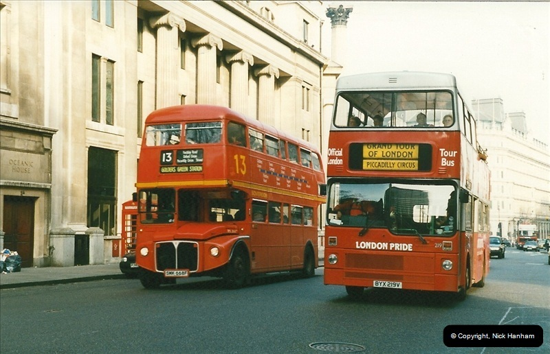 London Buses 1963 to 2007.  (162) 162