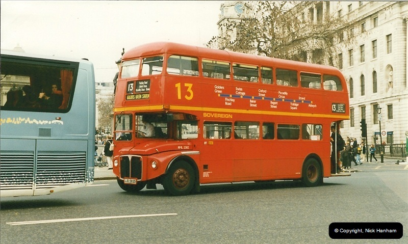 London Buses 1963 to 2007.  (172) 172