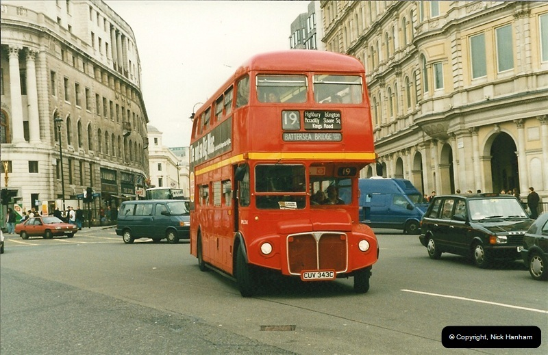 London Buses 1963 to 2007.  (183) 183
