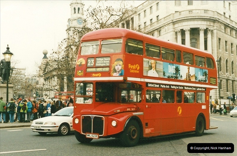 London Buses 1963 to 2007.  (186) 186