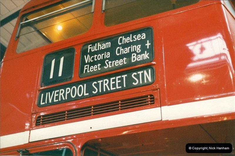 London Buses 1963 to 2007.  (195) 195
