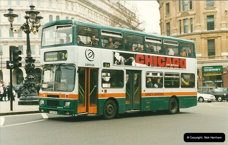 London Buses 1963 to 2007.  (203) 203