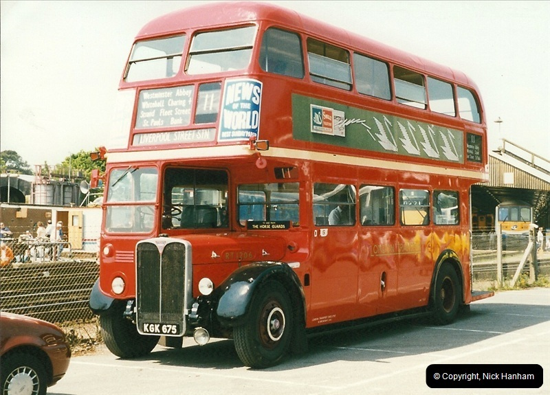 London Buses 1963 to 2007.  (246) 246