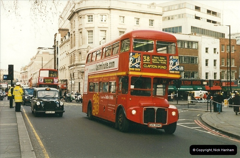 London Buses 1963 to 2007.  (281) 281