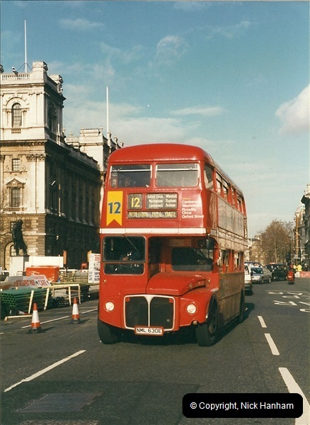 London Buses 1963 to 2007.  (305) 305