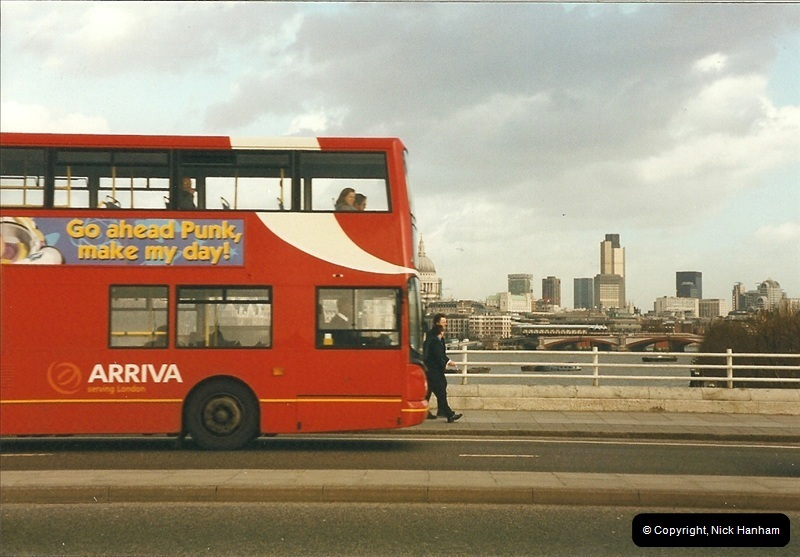 London Buses 1963 to 2007.  (315) 315