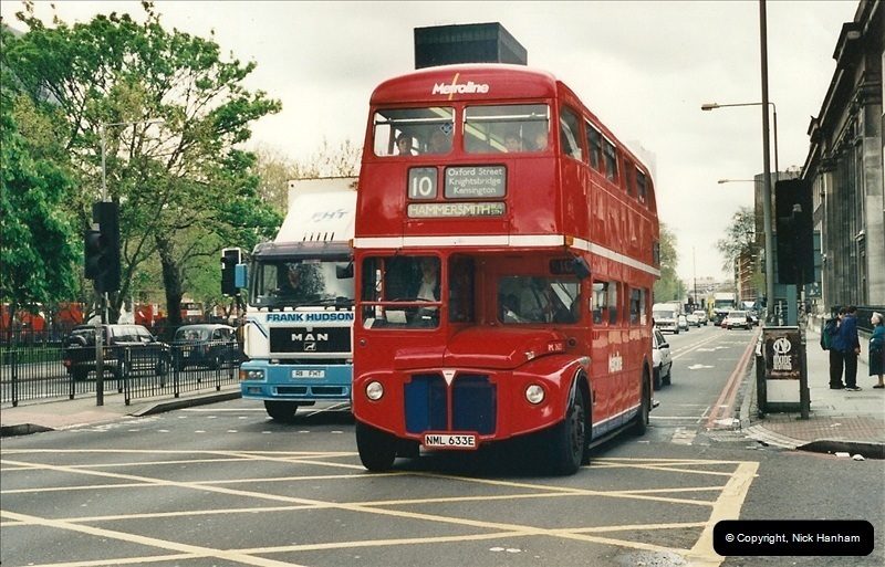 London Buses 1963 to 2007.  (321) 321