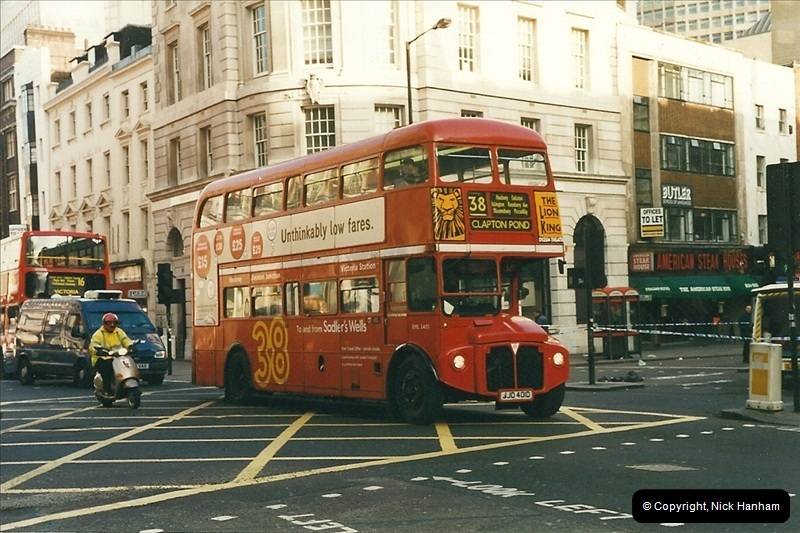 London Buses 1963 to 2007.  (358) 358