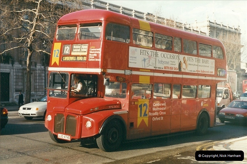 London Buses 1963 to 2007.  (385) 385