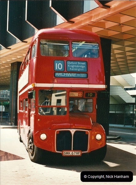 London Buses 1963 to 2007.  (407) 407
