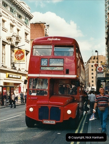 London Buses 1963 to 2007.  (414) 414
