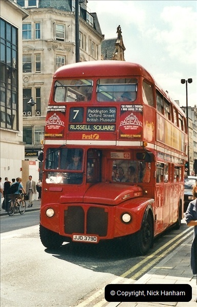 London Buses 1963 to 2007.  (419) 419