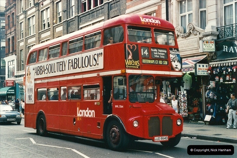 London Buses 1963 to 2007.  (433) 433