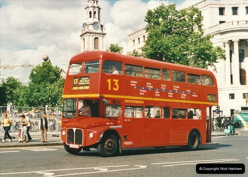 London Buses 1963 to 2007.  (457) 457