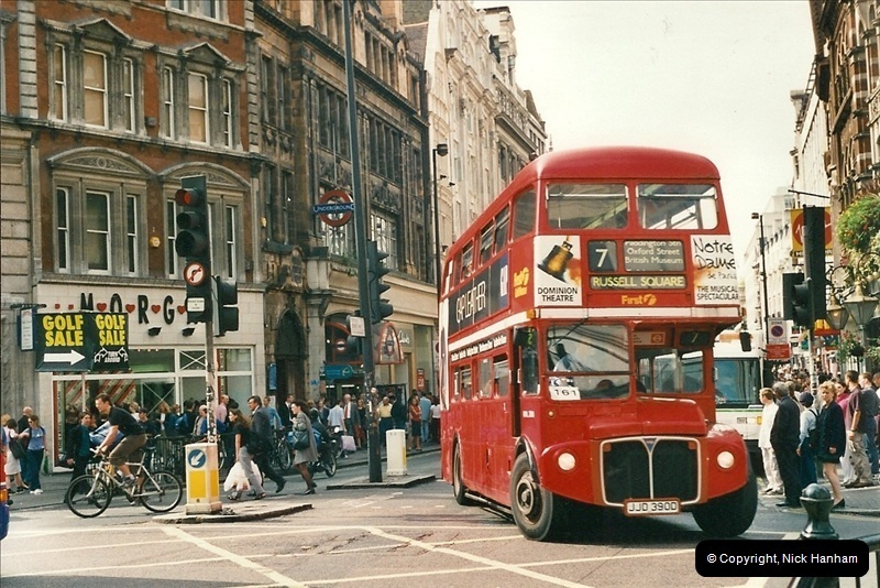 London Buses 1963 to 2007.  (472) 472