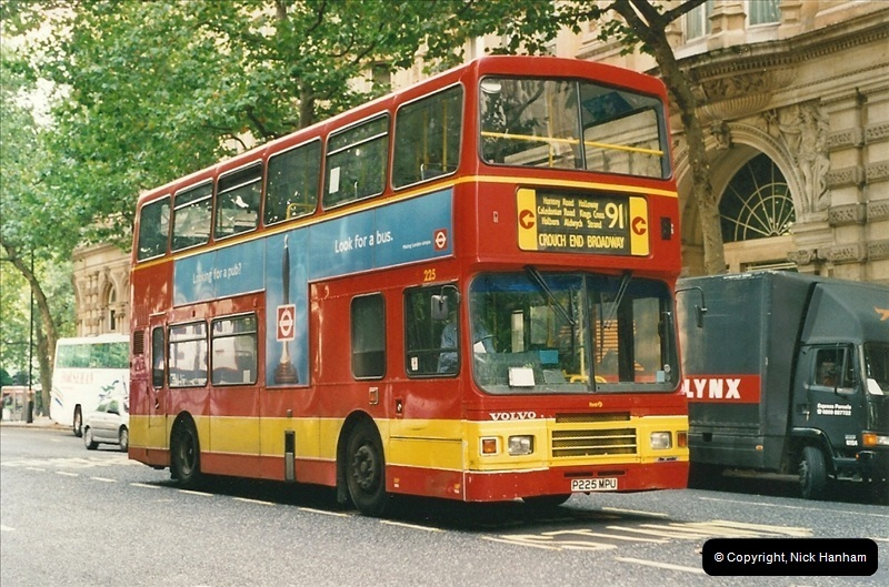 London Buses 1963 to 2007.  (481) 481