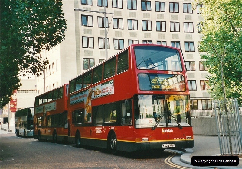 London Buses 1963 to 2007.  (482) 482