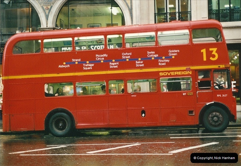 London Buses 1963 to 2007.  (516) 516