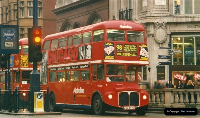London Buses 1963 to 2007.  (520) 520