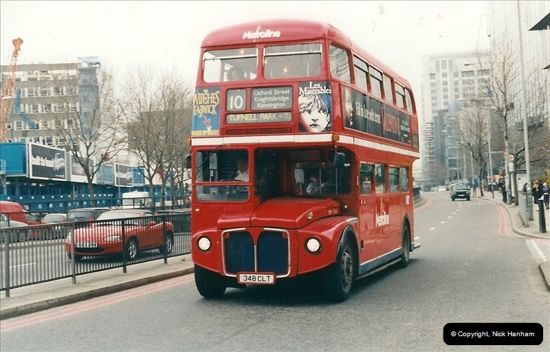 London Buses 1963 to 2007.  (530) 530