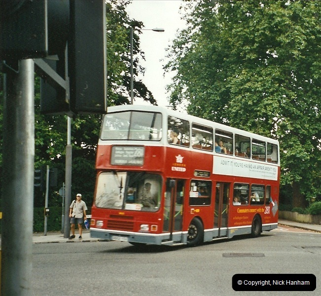 London Buses 1963 to 2007.  (533) 533