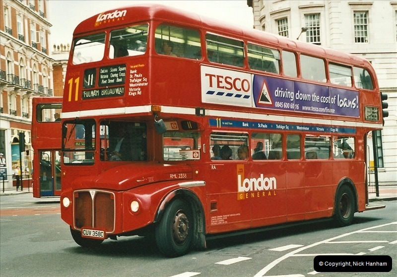 London Buses 1963 to 2007.  (542) 542