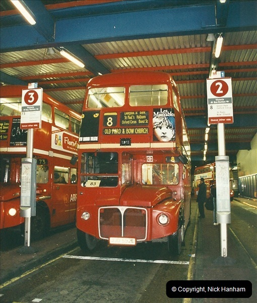 London Buses 1963 to 2007.  (618) 618