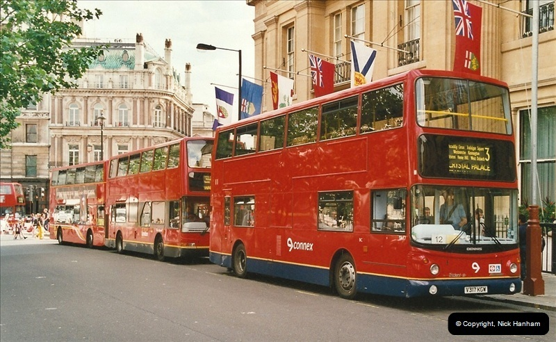 London Buses 1963 to 2007.  (622) 622