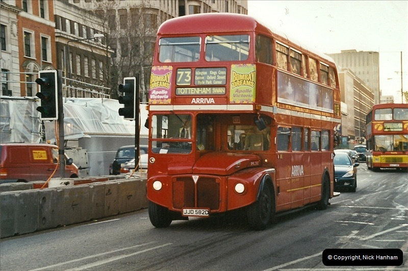 London Buses 1963 to 2007.  (642) 642