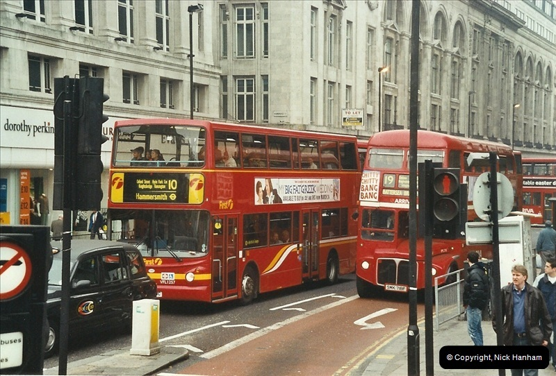 London Buses 1963 to 2007.  (652) 652