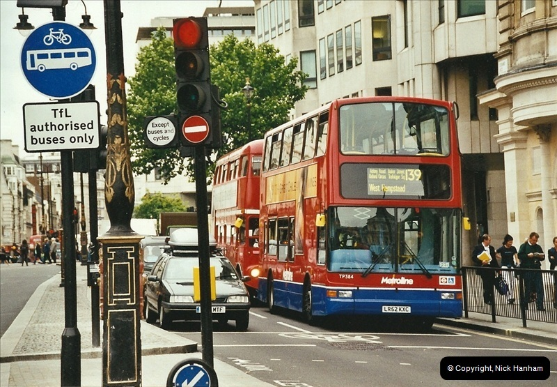 London Buses 1963 to 2007.  (663) 663