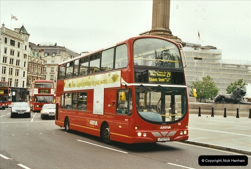 London Buses 1963 to 2007.  (664) 664
