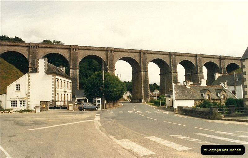 1987-07-15 to 25 SNCF mostly in the Morlaix area (26)194