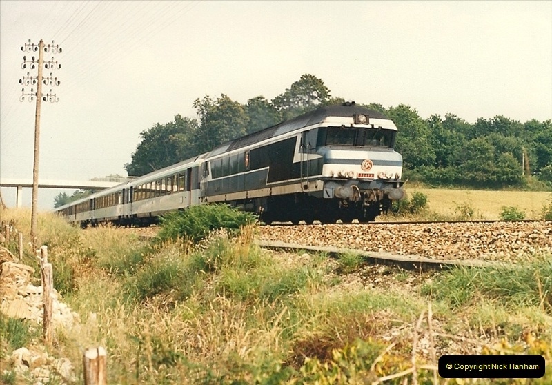 1987-07-15 to 25 SNCF mostly in the Morlaix area (33)201