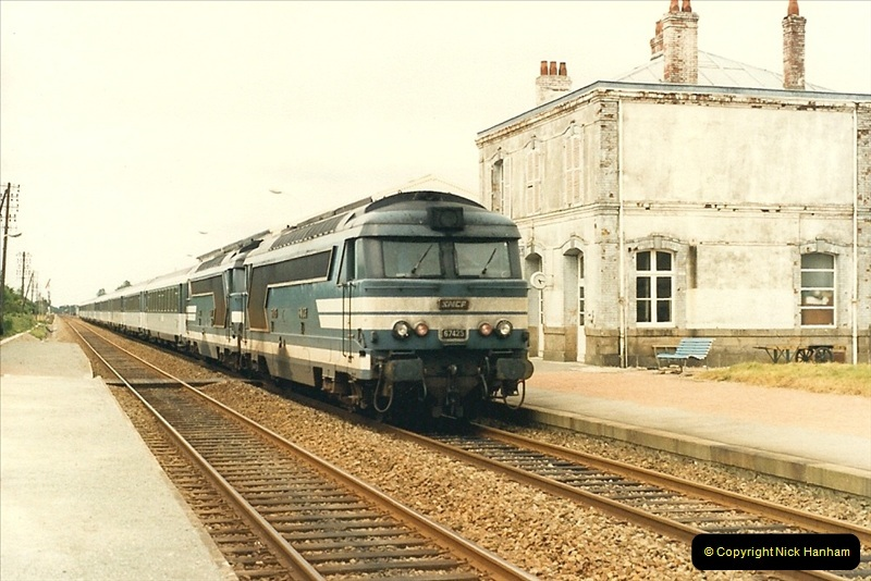 1987-07-15 to 25 SNCF mostly in the Morlaix area (38)206