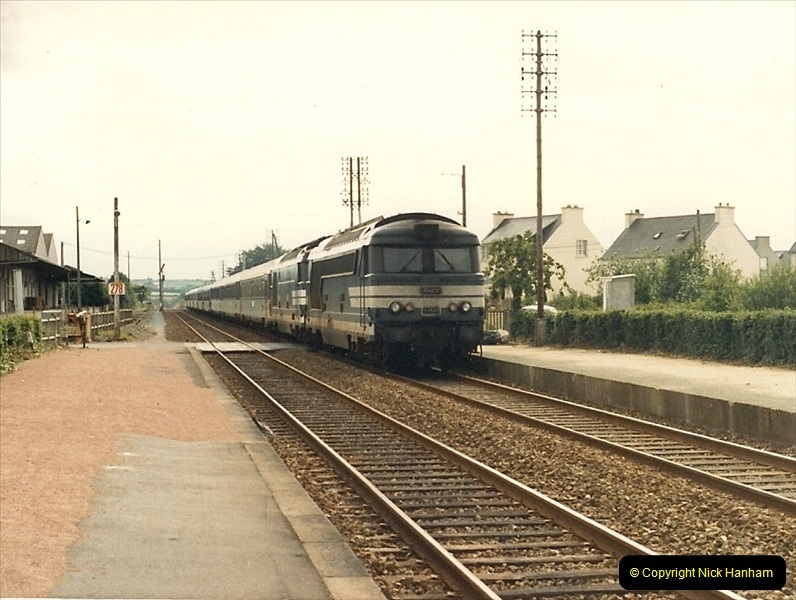 1987-07-15 to 25 SNCF mostly in the Morlaix area (40)208